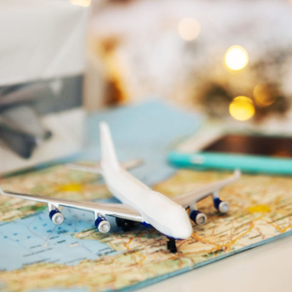 8 Gifts Travelers Actually Want